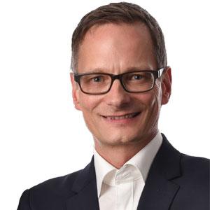 Matthias Henn,  COO, compacer