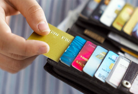 How Credit Cards can Optimize Users' Finances